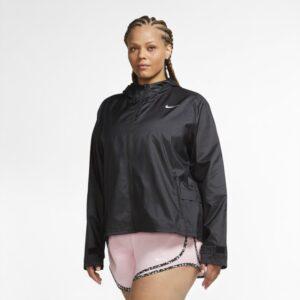 Nike Essential-løbejakke til kvinder (Plus size) - Black